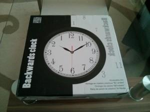 "Une horloge ""à l'envers"". Très original !"