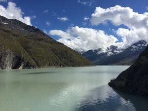 Vue du haut du barrage, coté Lac-des-Dix. Sans retouches/filtres/whatever.